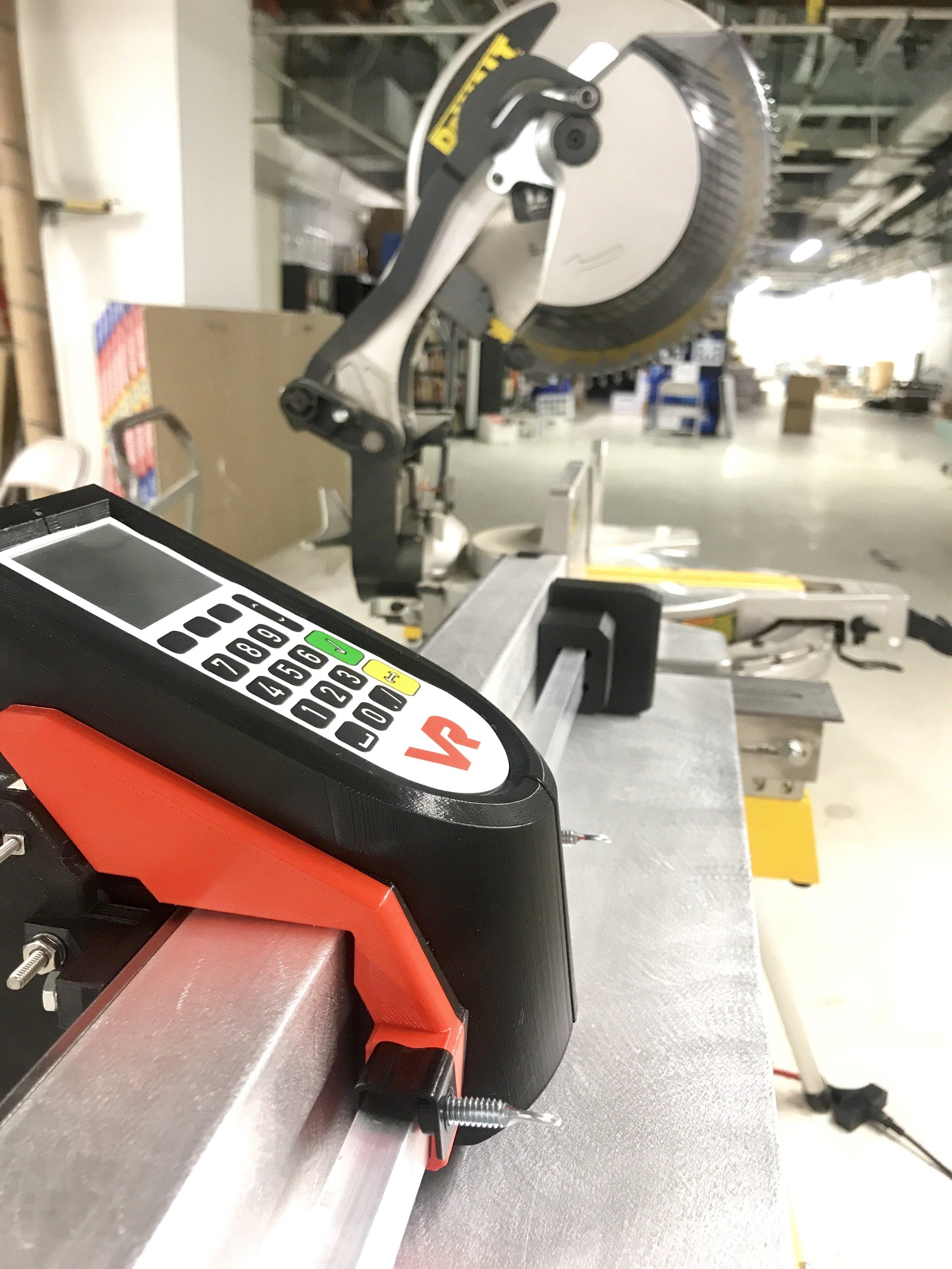 Placing a workpiece against AutoSet's stop (older prototype version)