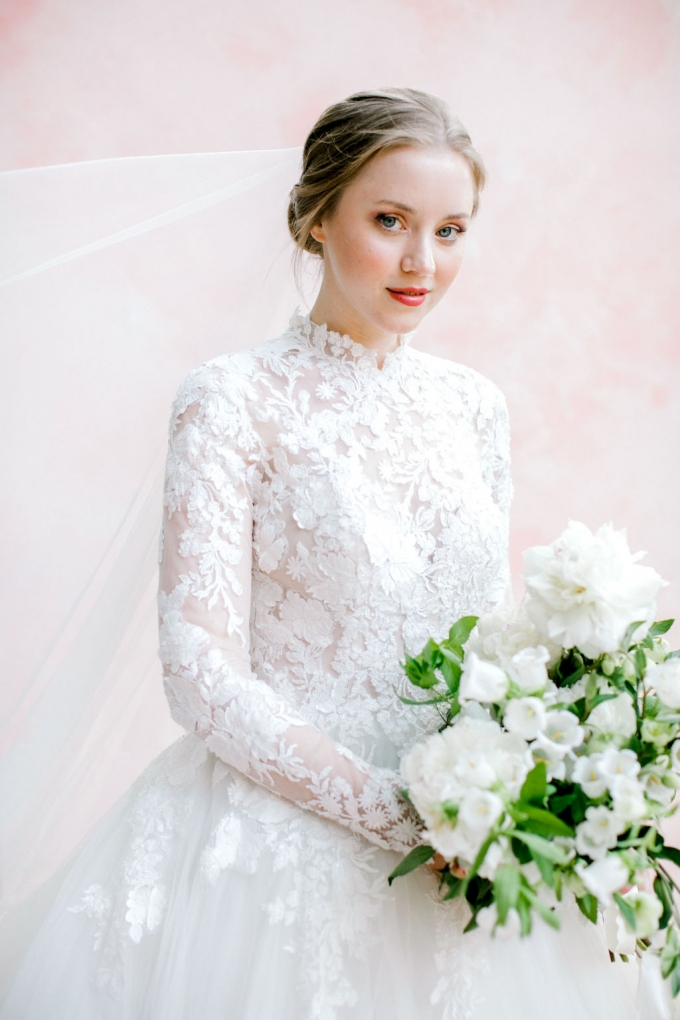 romantic-spring-bridal-inspiration-white and green bouquet-WIld Fleurette- Richmond Virginia Wedding florist-04-680x1020.jpg