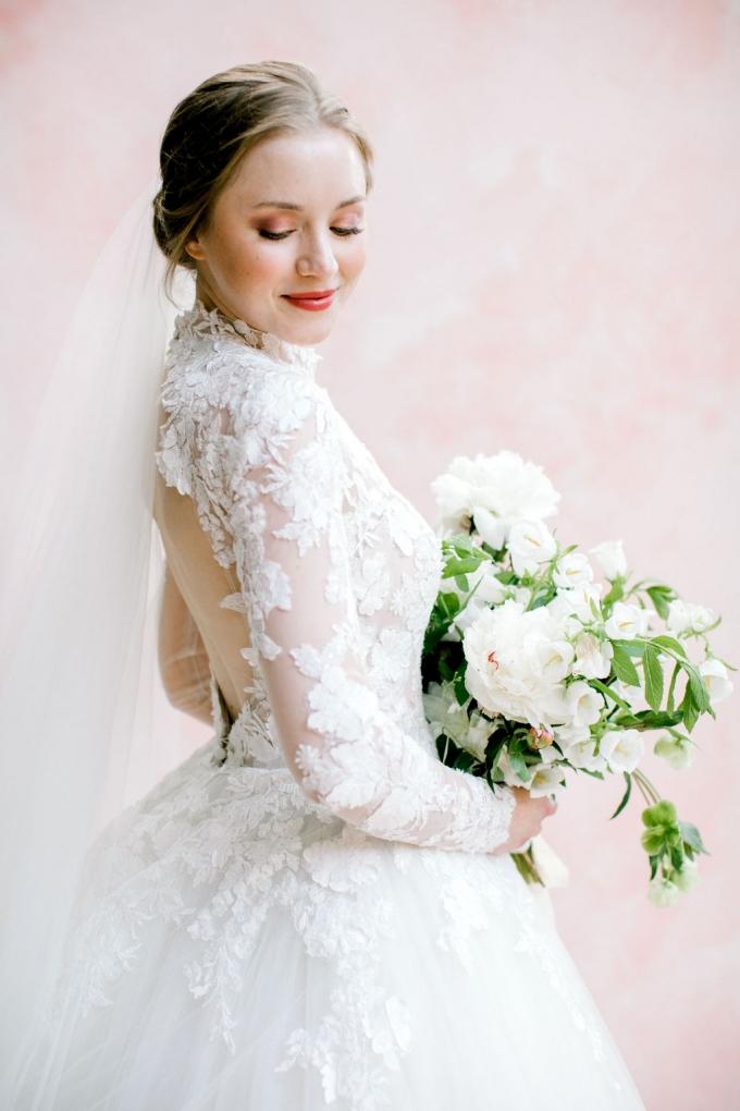 romantic-spring-bridal-inspiration-white and green bouquet-WIld Fleurette- Richmond Virginia Wedding florist-06-680x1020 (1).jpg