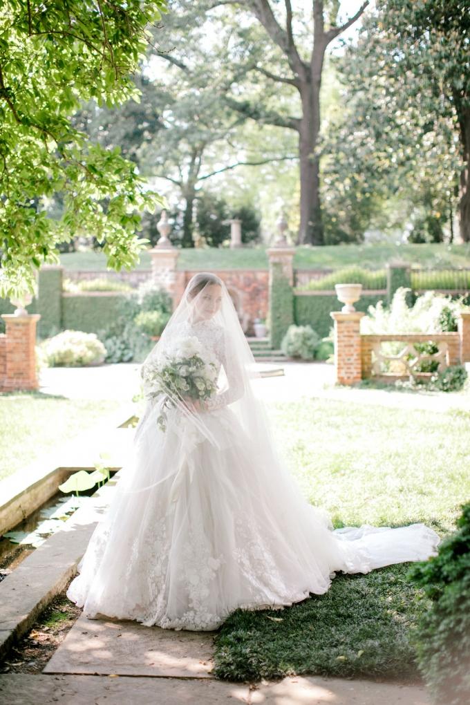 romantic-spring-bridal-inspiration-white and green bouquet-WIld Fleurette- Richmond Virginia Wedding florist-11-680x1020.jpg