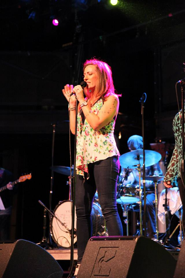 Keri Noble - At the mic