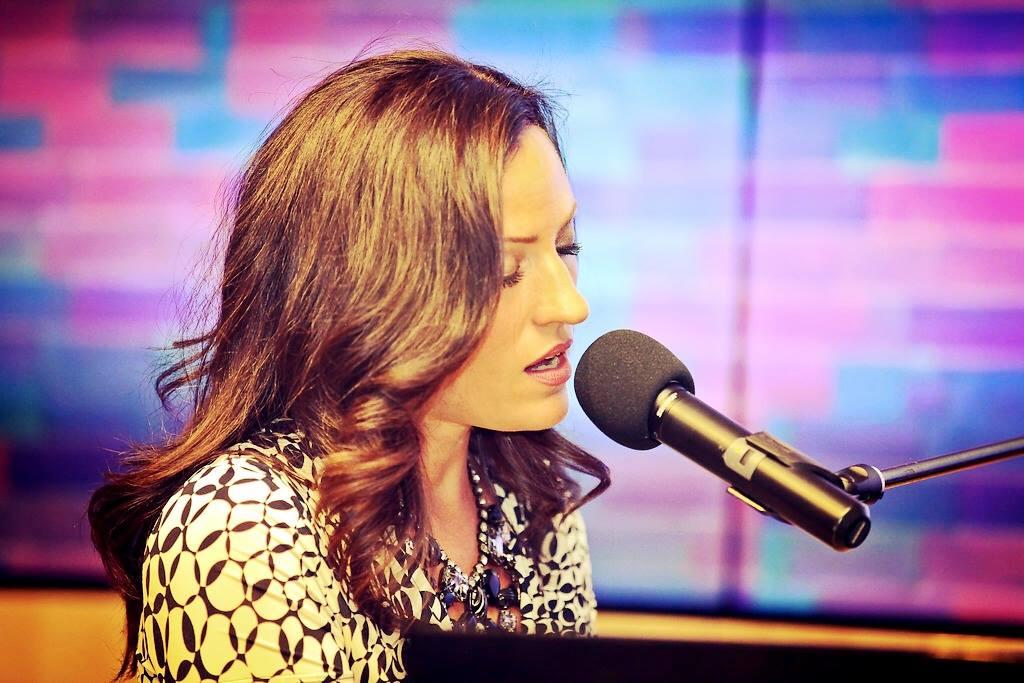 Keri Noble - Piano Vocals