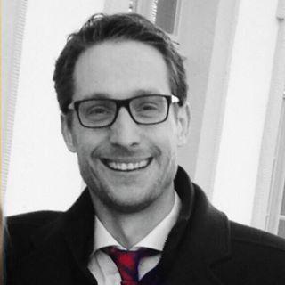 Geschäftsführer:   Dipl.Kfm. Dominik Hofmann