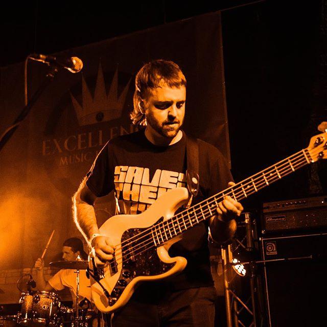 Drum & Bass Photo by @krisherrmann