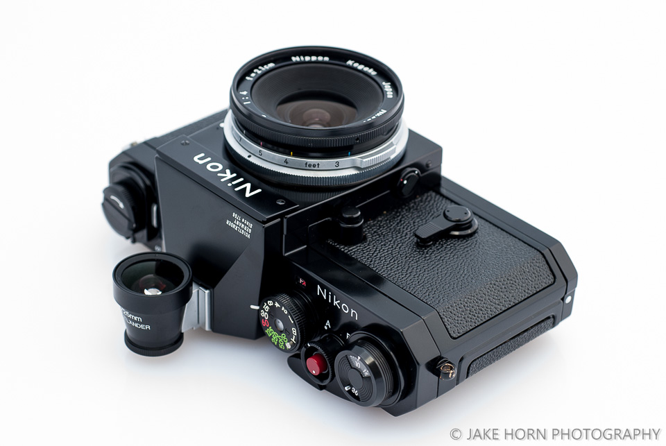 Mounted on the Nikon F with Voigtlander Shoe Base