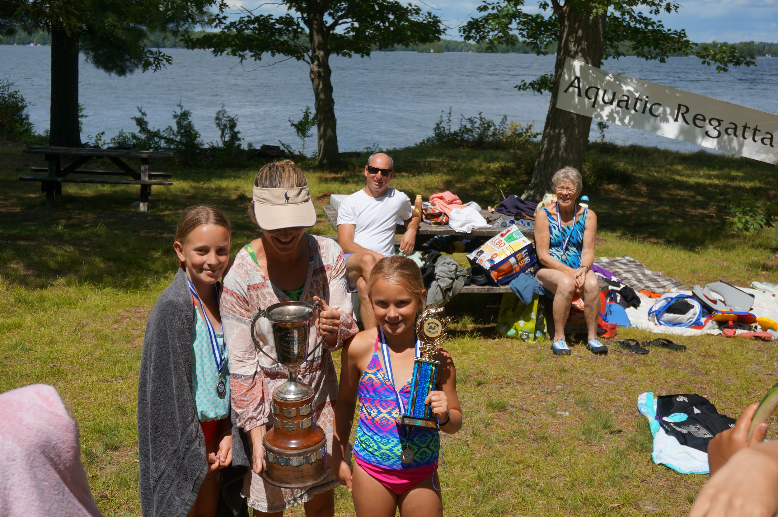 trophy-winning Moustgaard family.JPG