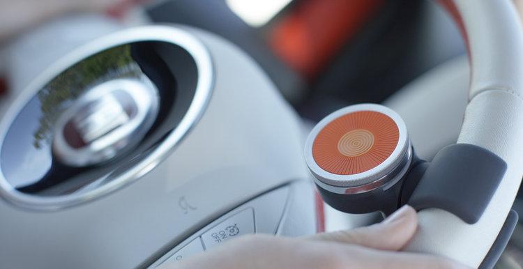 002_+Angled+Closeup+Steering+wheel+mount (1).jpg