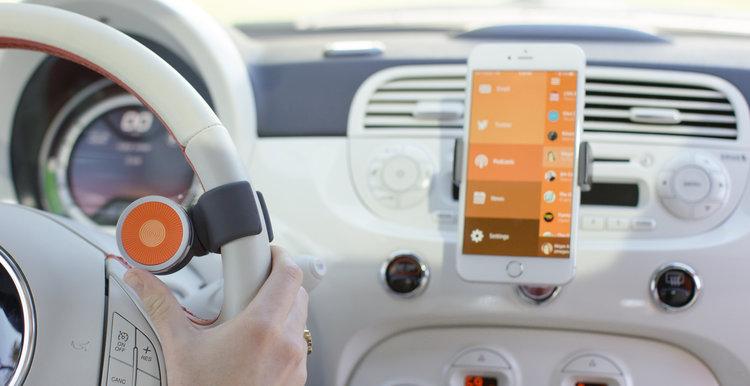 001_O6+on+Steering+Wheel+Controlling+Phone.jpg