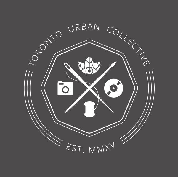 TORONTO OUTDOOR HOLIDAY MARKET :  Dec. 2-4, 9-11 & 16-18, 1090 Don Mills, Toronto.  A family friendly event that will include a wide range of seasonal and artisan vendors, festive food and drink, outdoor activities, and live entertainment.