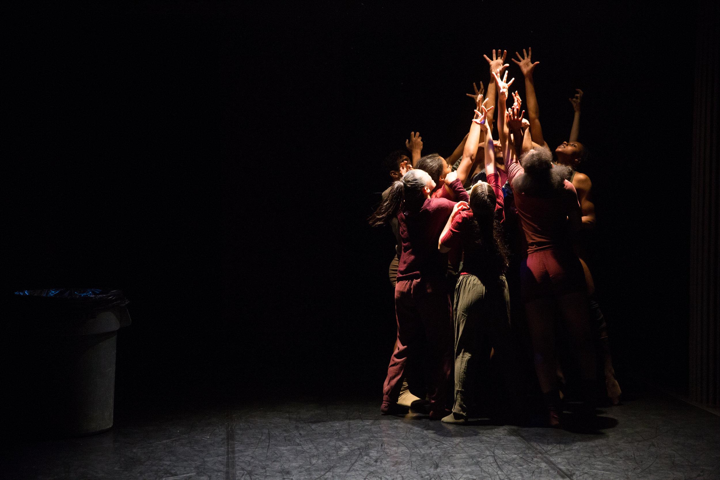 MoveNYC(2017)-Performance-byScottShaw-9.jpg