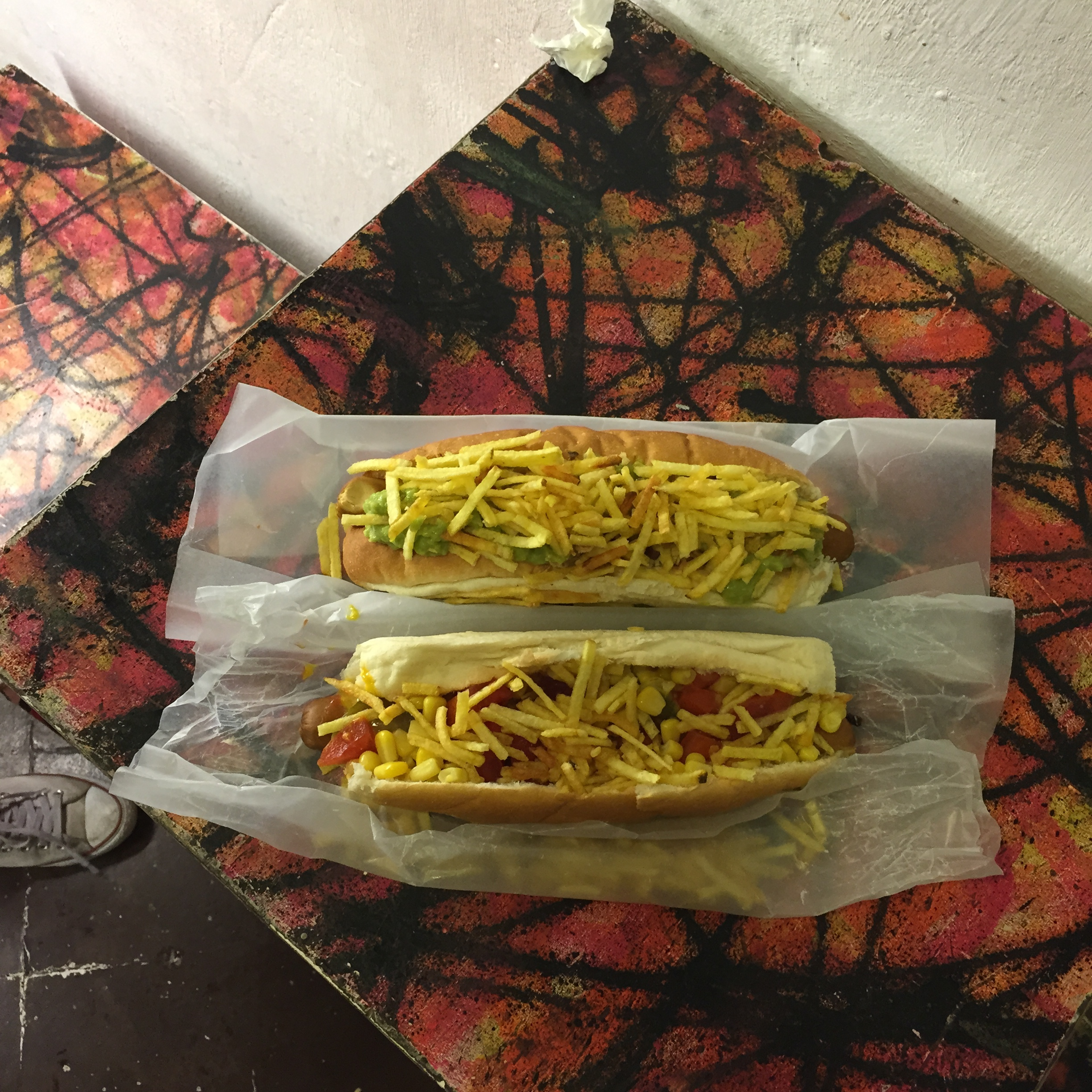 VEGAN HOT DOGS IN BARCELONA. THE DOG IS HOT.