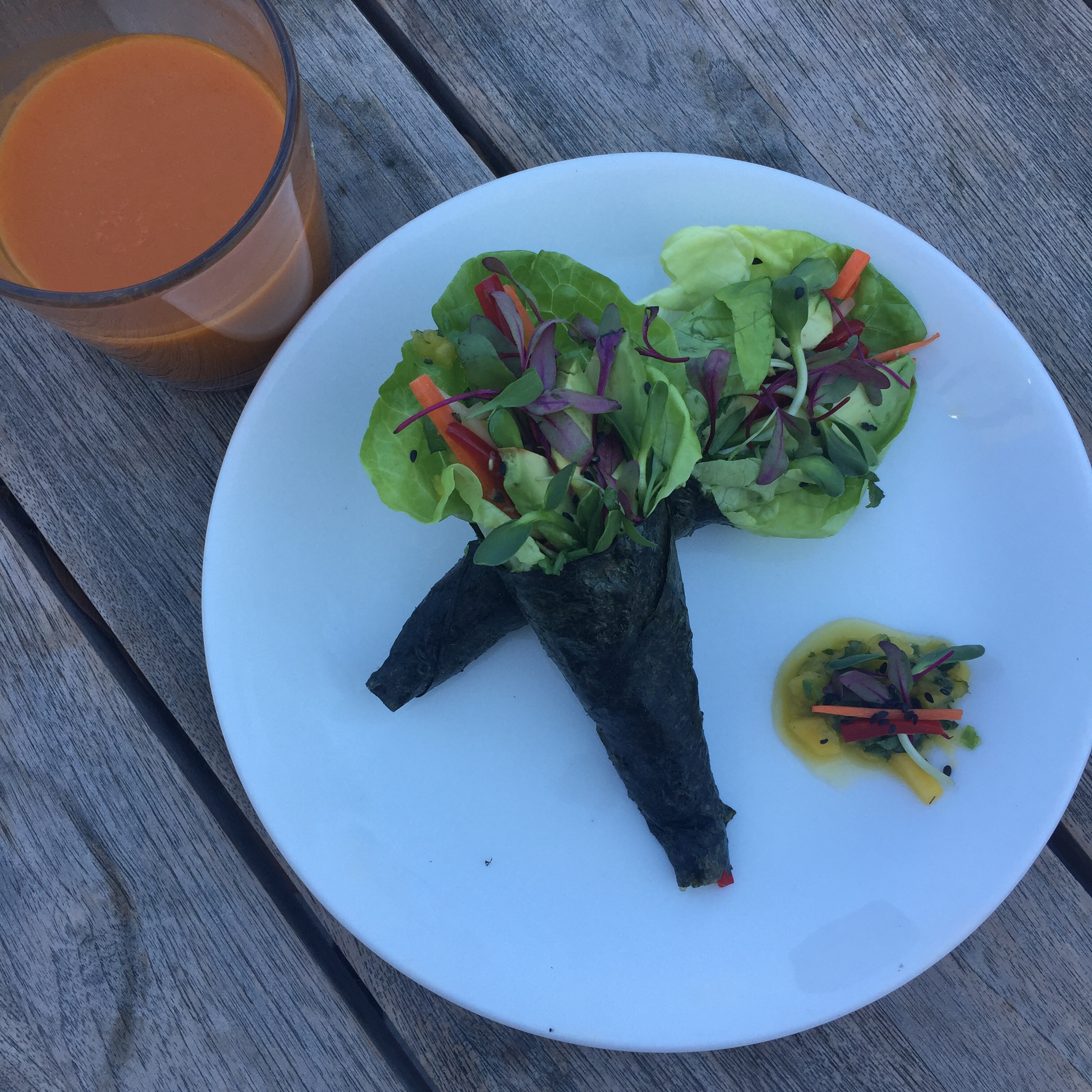 Veggie Hand Rolls with Spicy Mango Chutney.