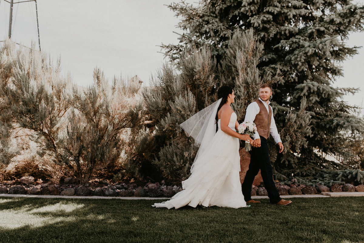 Ira and Lucy Idaho Wedding Planner | Makayla Madden Photography | Still Water Hollow