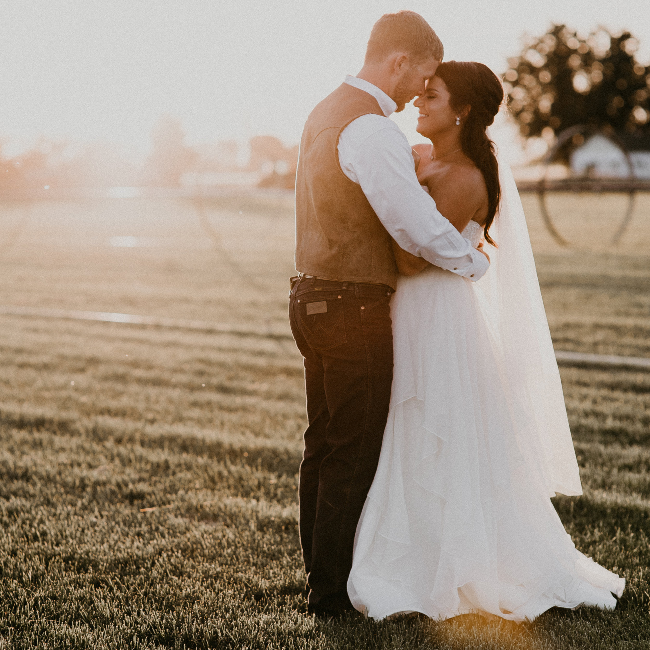 Demmi and Nick, Ira and Lucy Boise Wedding Planner, Makayla Madden Photography, Still Water Hollow
