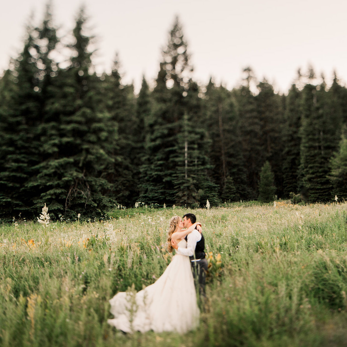 Ira and Lucy Wedding Planner, Tamarack, Jesse Hart Photography