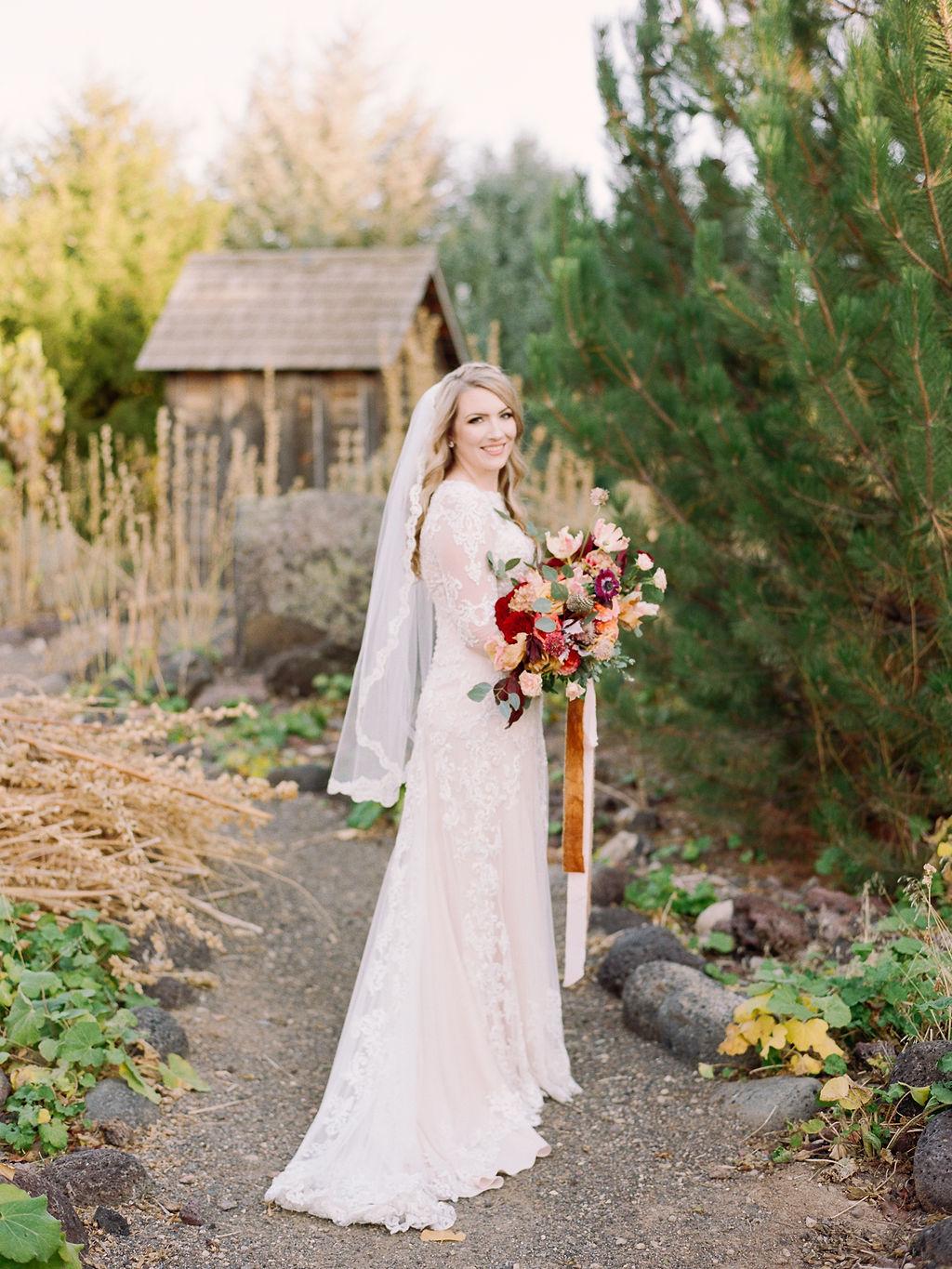 Amy and Justin, Still Water Hollow, Brie Thomason Photography, Ira and Lucy, Wedding Planner, Nampa ID