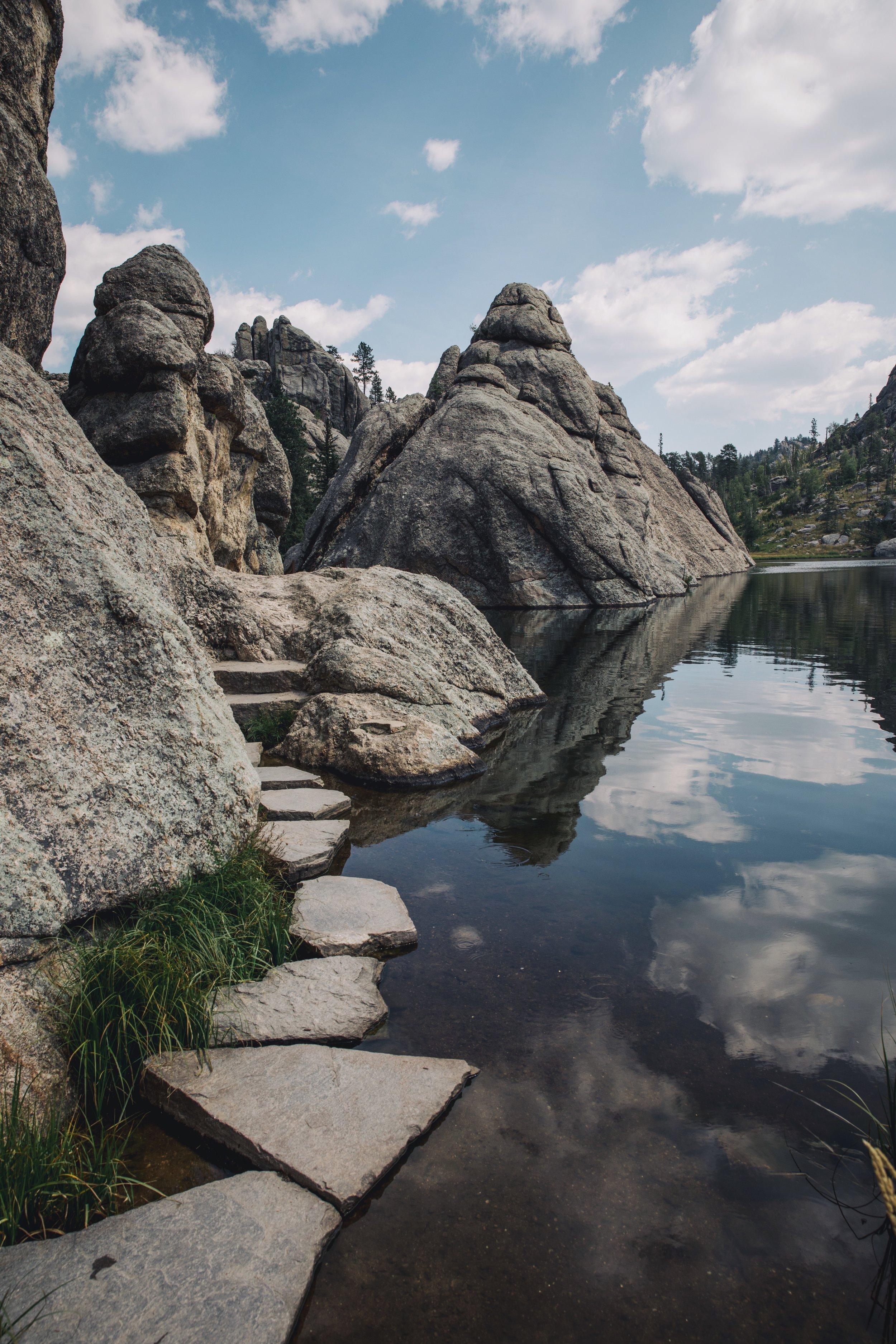 Samhorine-sylvain-lake.jpg