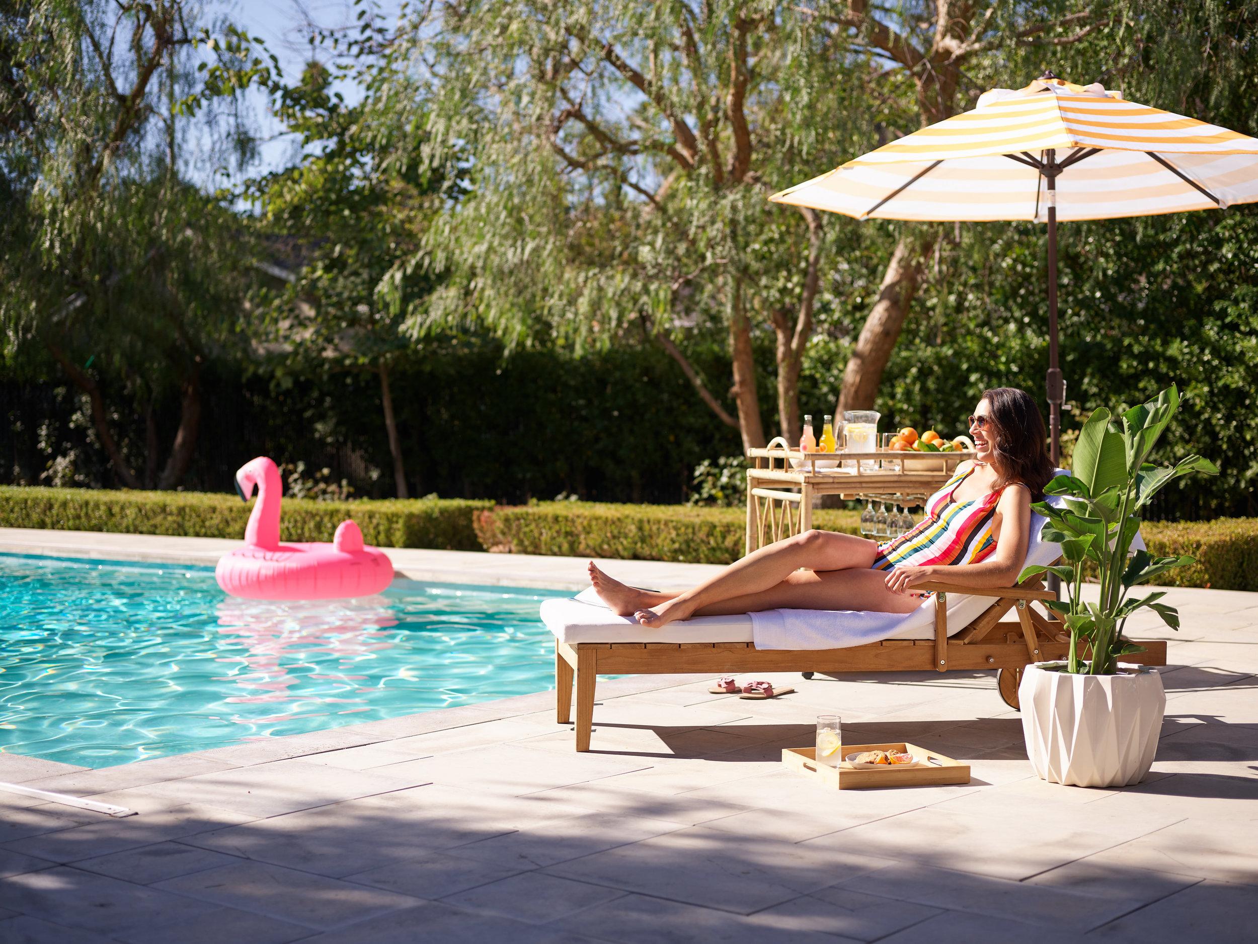 43954_SpringForward_Poolside_Lounge_35261.jpg