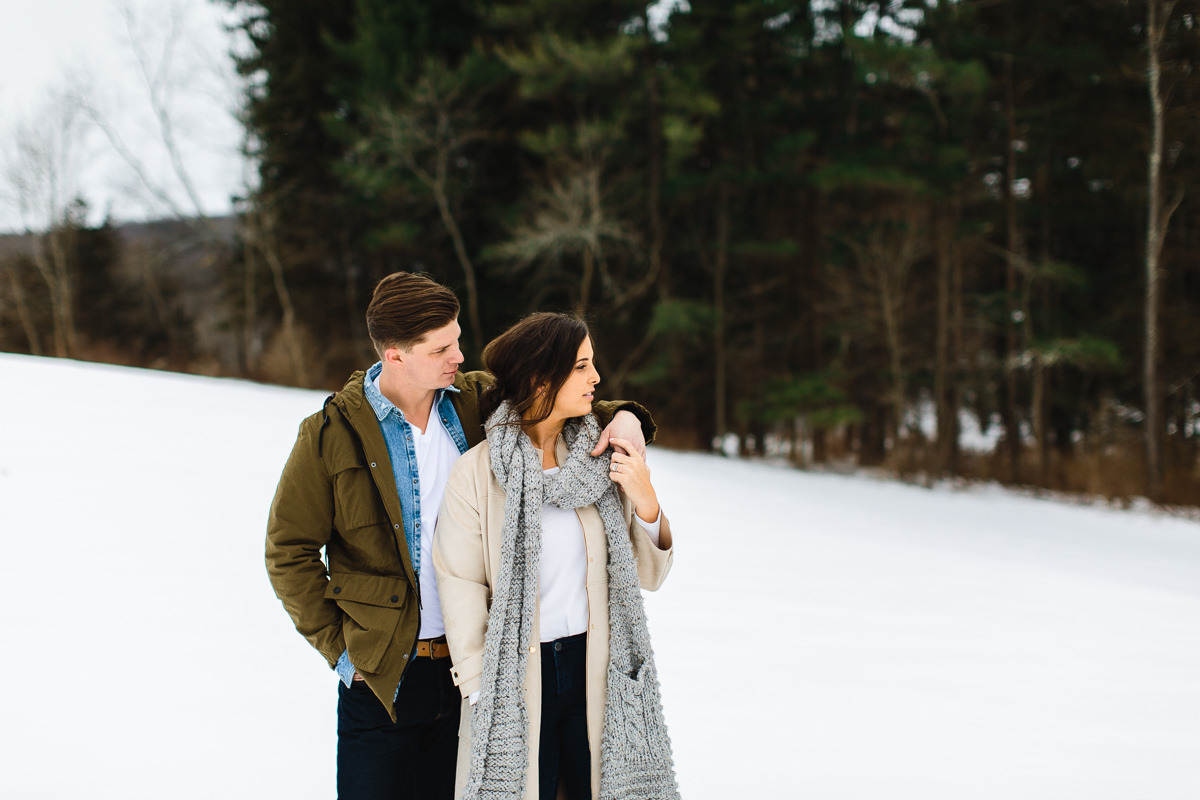 rhinebeck-ny-mid-century-modern-engagement-photography (49 of 53).jpg