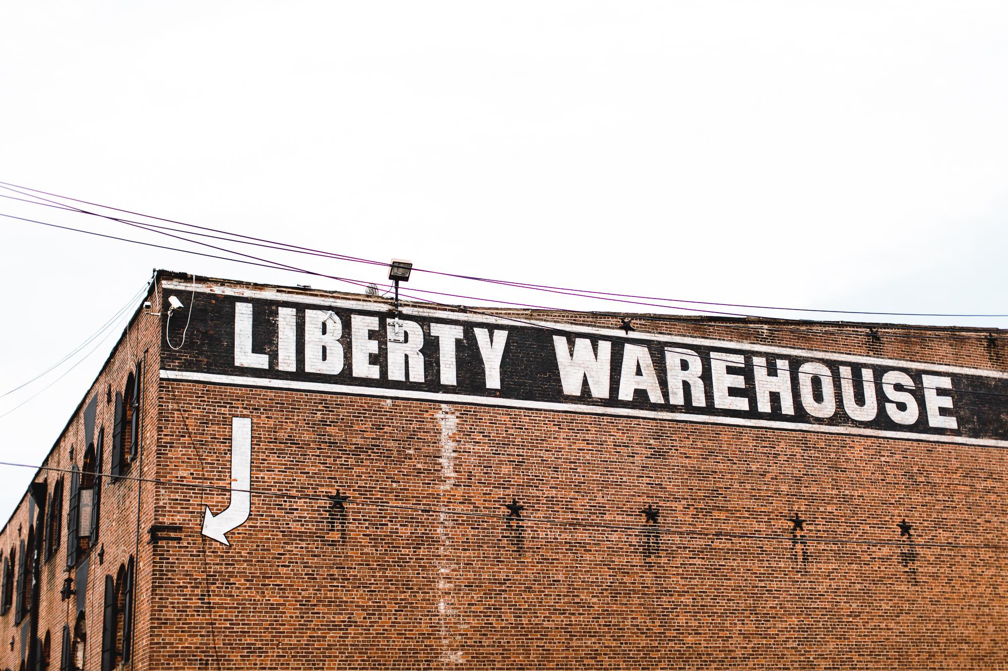 Colorful-Liberty-Warehouse-Brooklyn-Wedding-Emily-Kirke (87 of 100).jpg