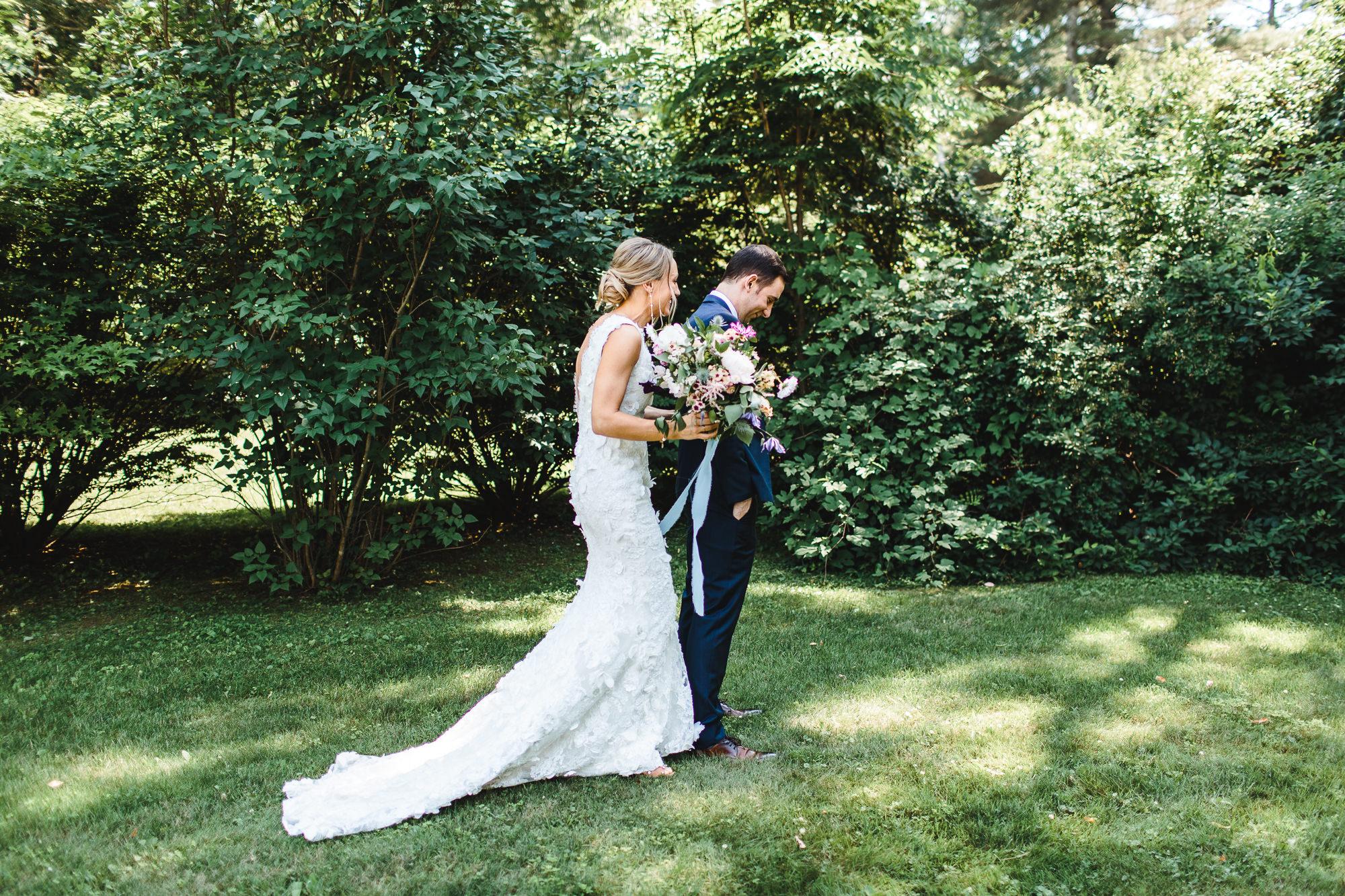 connecticut-summer-lake-wedding-emily-kirke-photography-upstyle (36 of 181).jpg