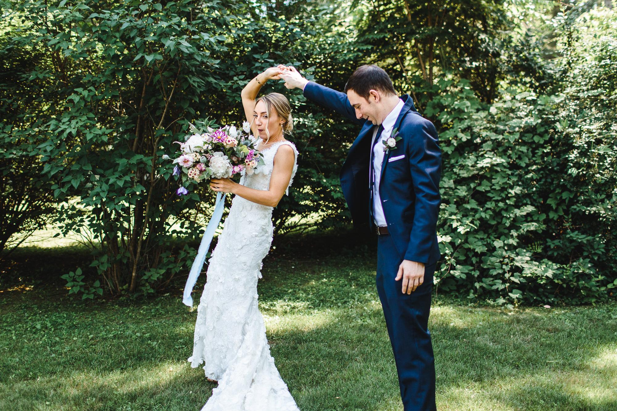 connecticut-summer-lake-wedding-emily-kirke-photography-upstyle (42 of 181).jpg