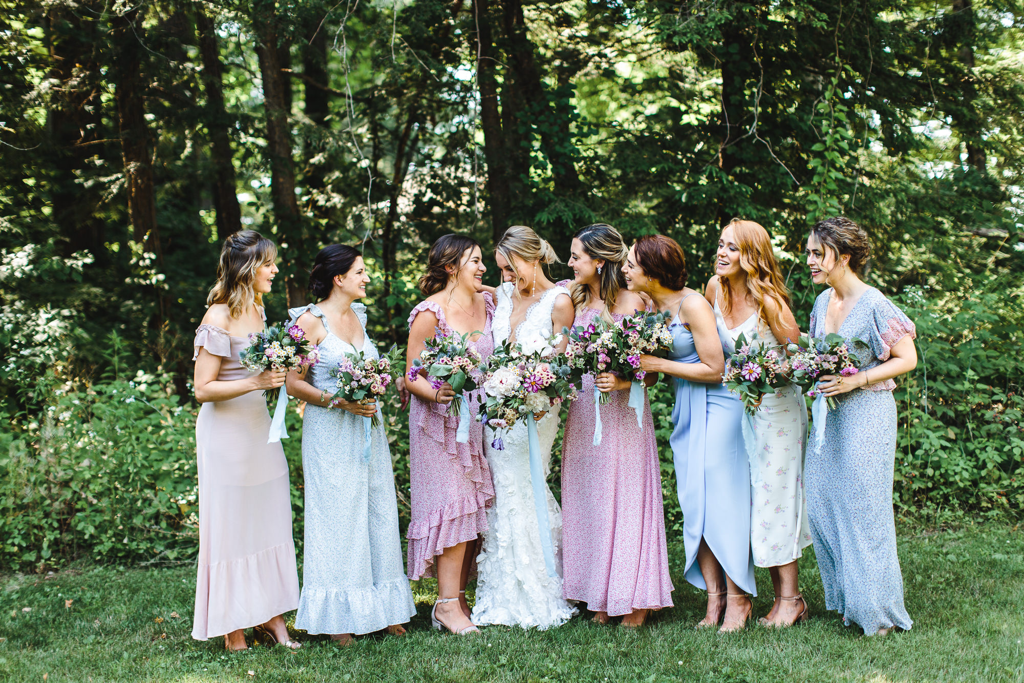 connecticut-summer-lake-wedding-emily-kirke-photography-upstyle (74 of 181).jpg