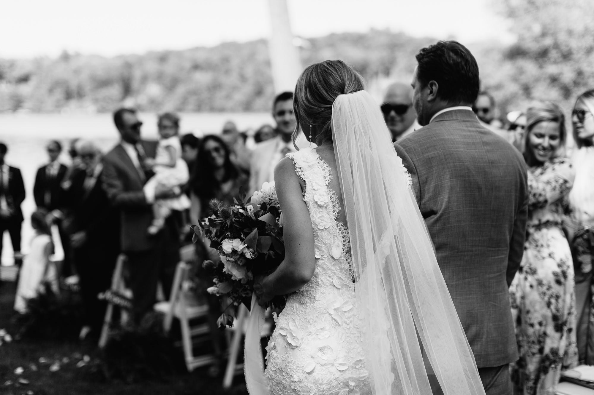 connecticut-summer-lake-wedding-emily-kirke-photography-upstyle (86 of 181).jpg