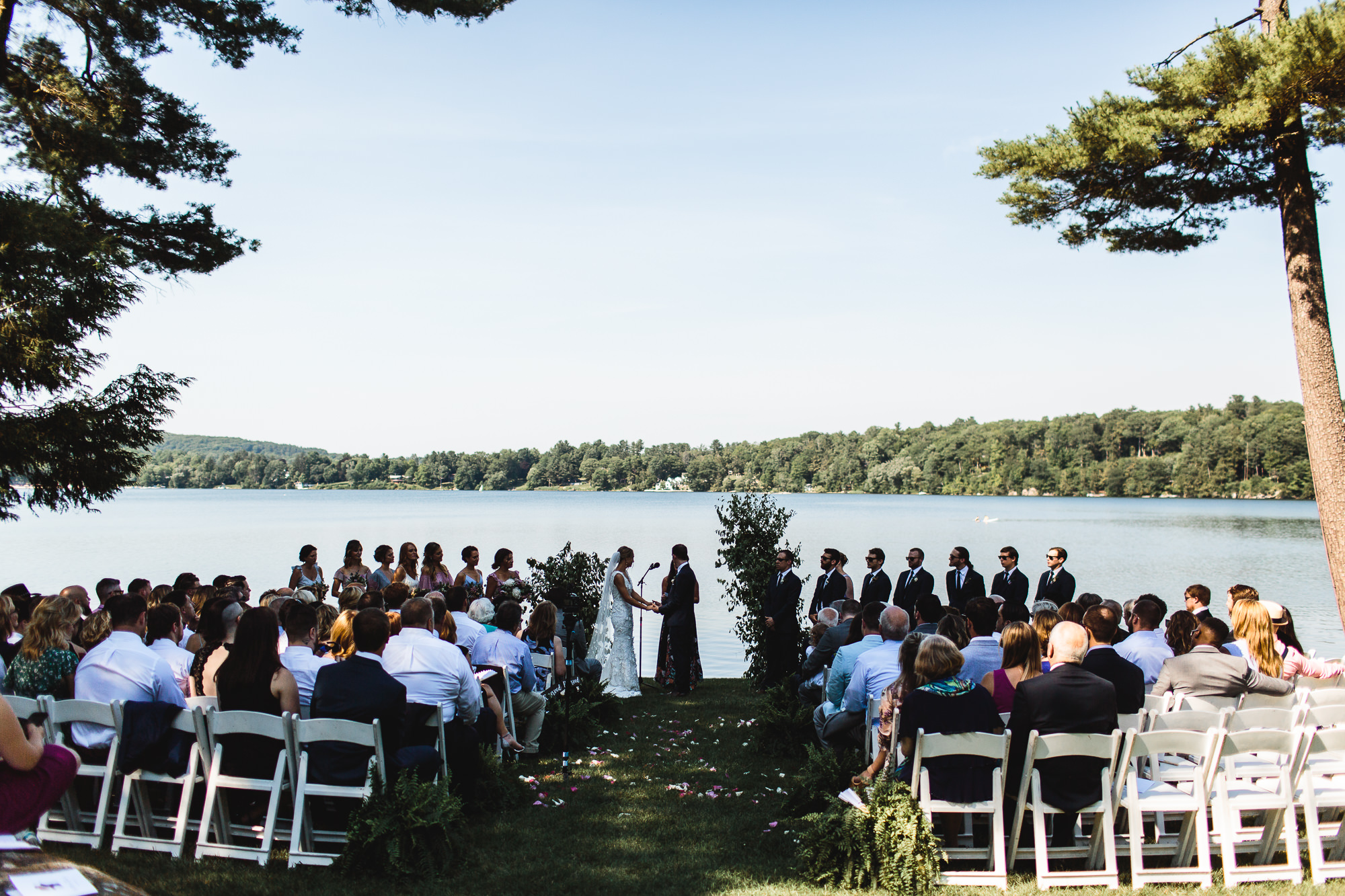 connecticut-summer-lake-wedding-emily-kirke-photography-upstyle (92 of 181).jpg