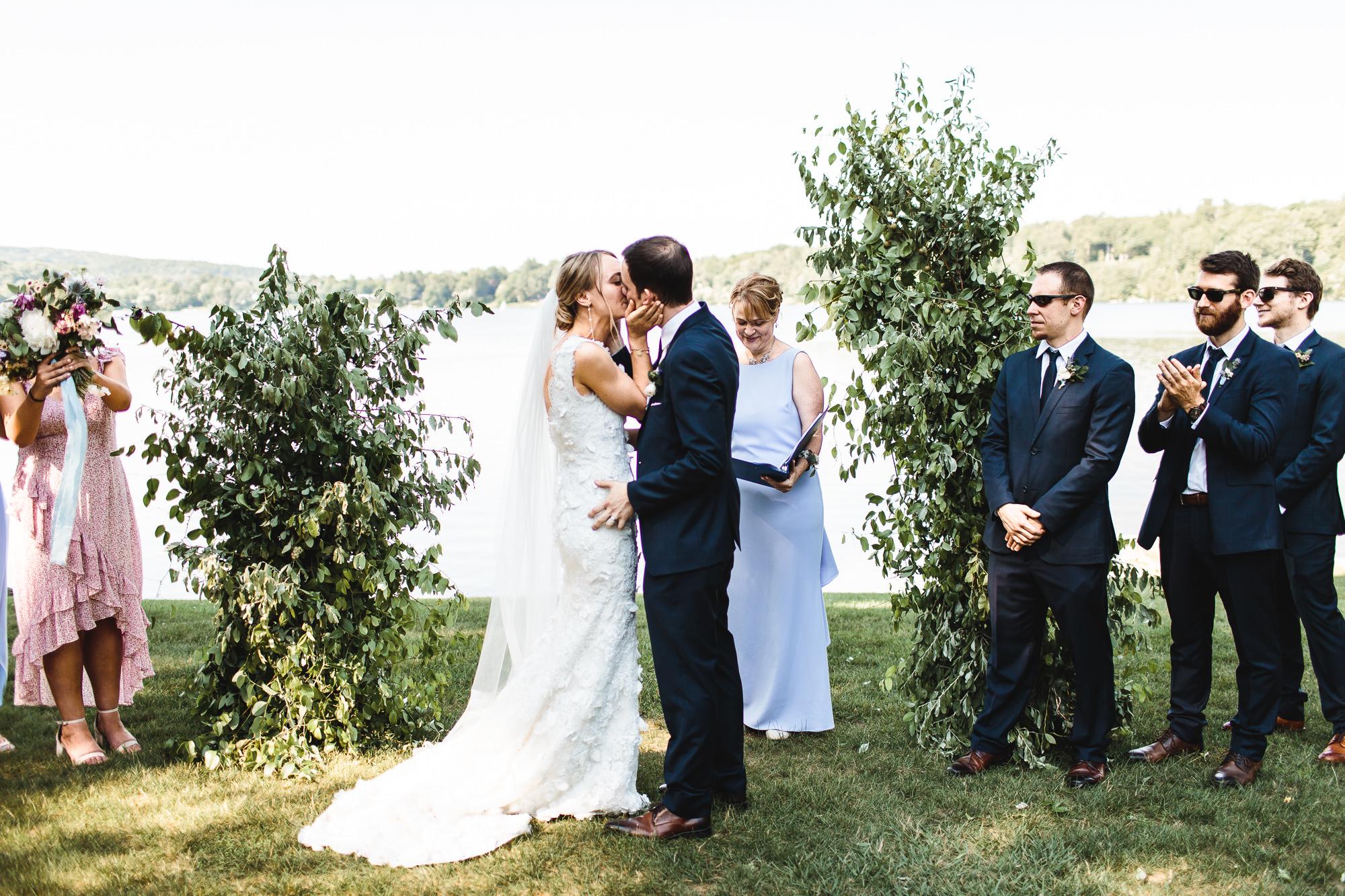 connecticut-summer-lake-wedding-emily-kirke-photography-upstyle (101 of 181).jpg