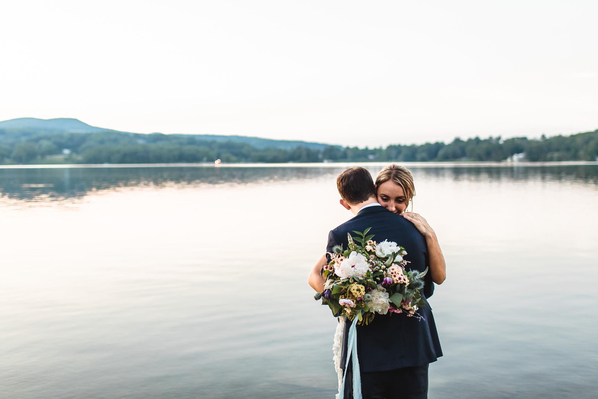 connecticut-summer-lake-wedding-emily-kirke-photography-upstyle (158 of 181).jpg