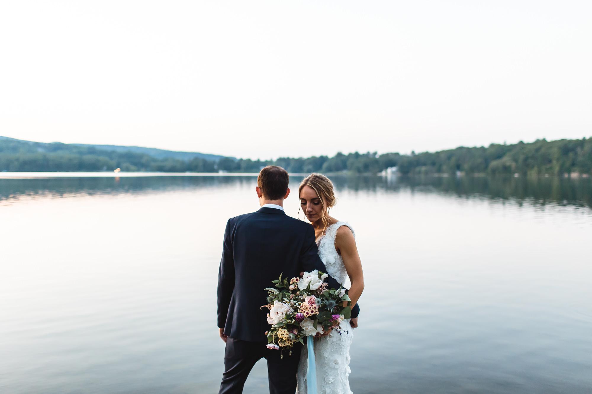connecticut-summer-lake-wedding-emily-kirke-photography-upstyle (160 of 181).jpg