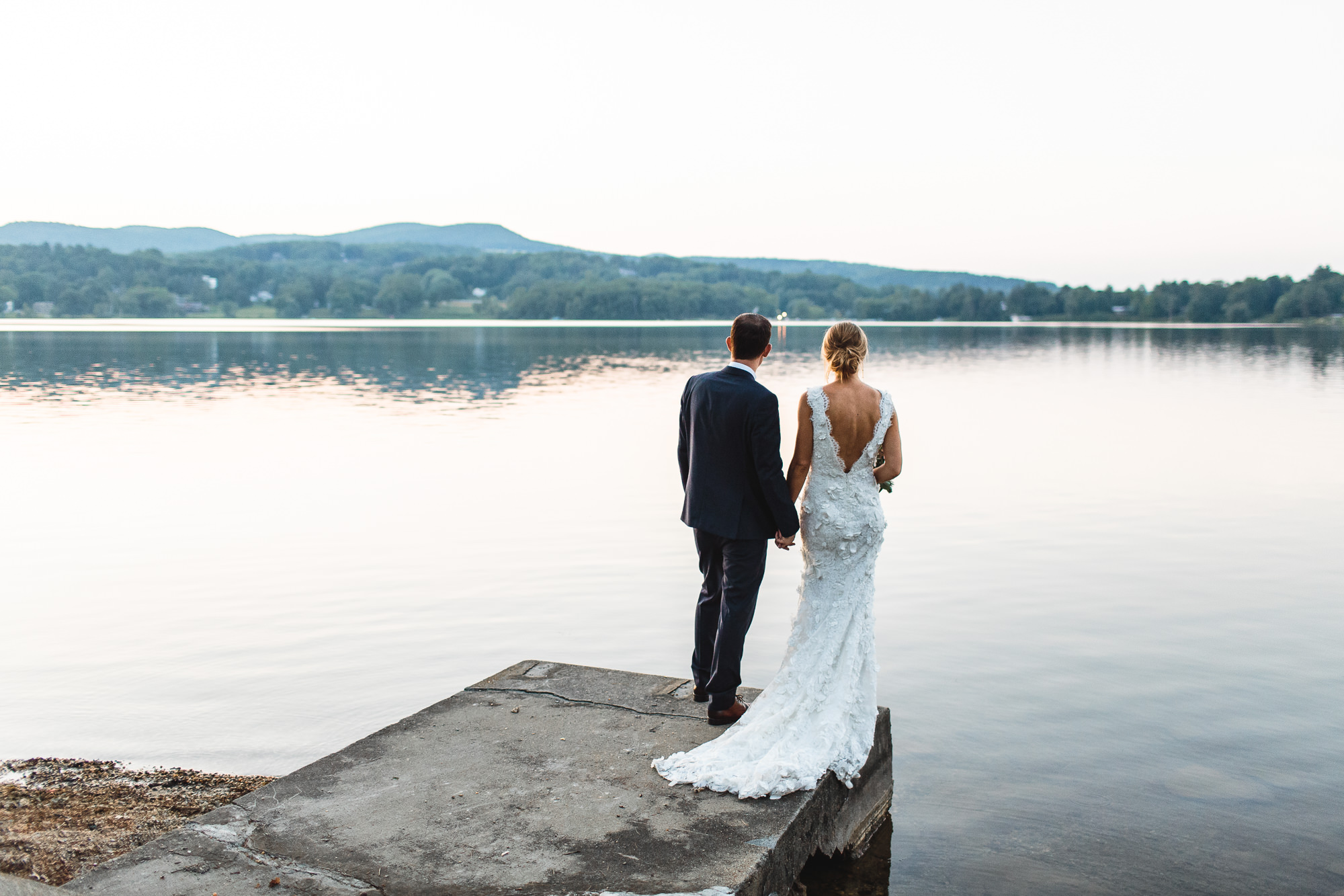 connecticut-summer-lake-wedding-emily-kirke-photography-upstyle (161 of 181).jpg