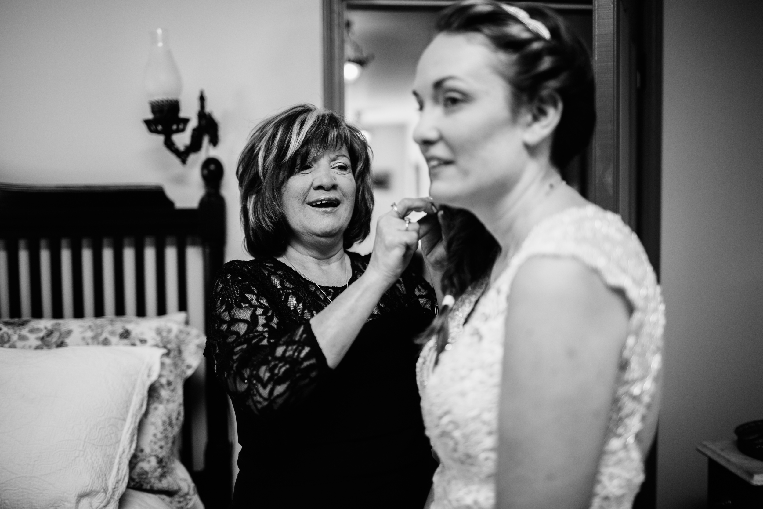 KELLIandBRADweddingJUNE2015 - gettingready (49 of 66).jpg