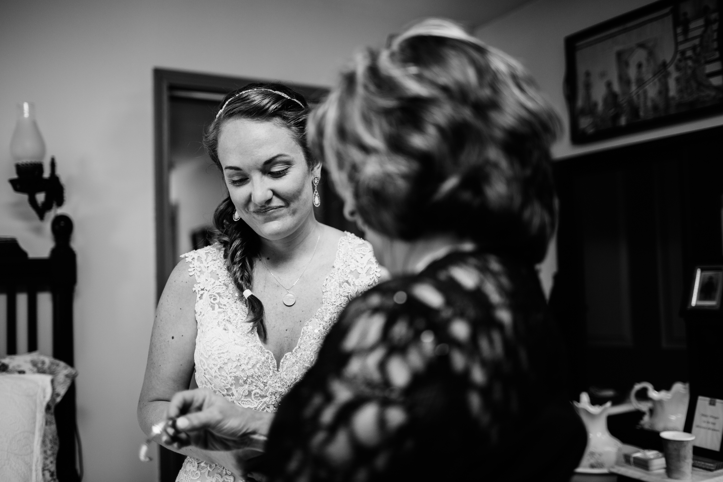 KELLIandBRADweddingJUNE2015 - gettingready (53 of 66).jpg