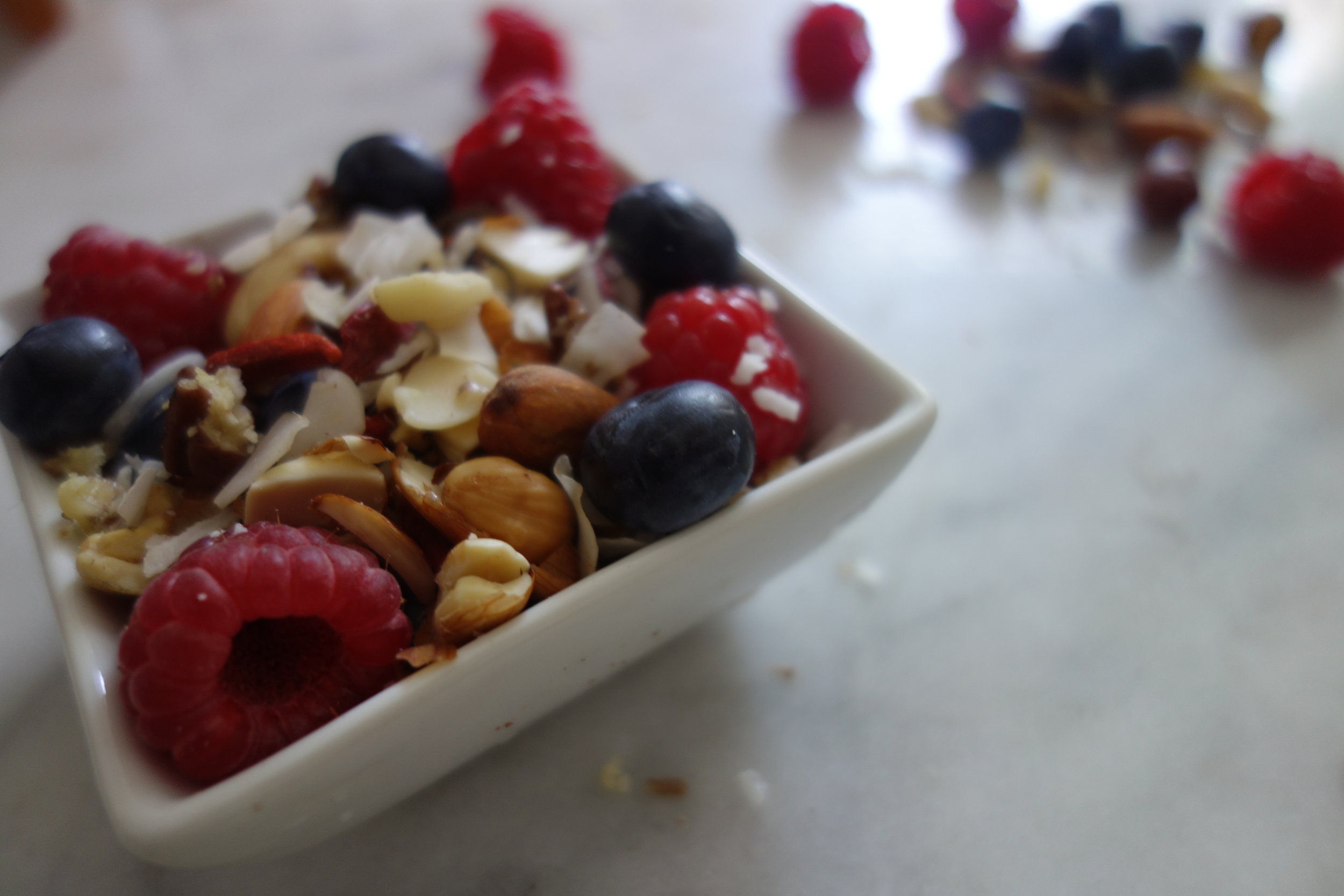 Berry & Nut Snack Pot