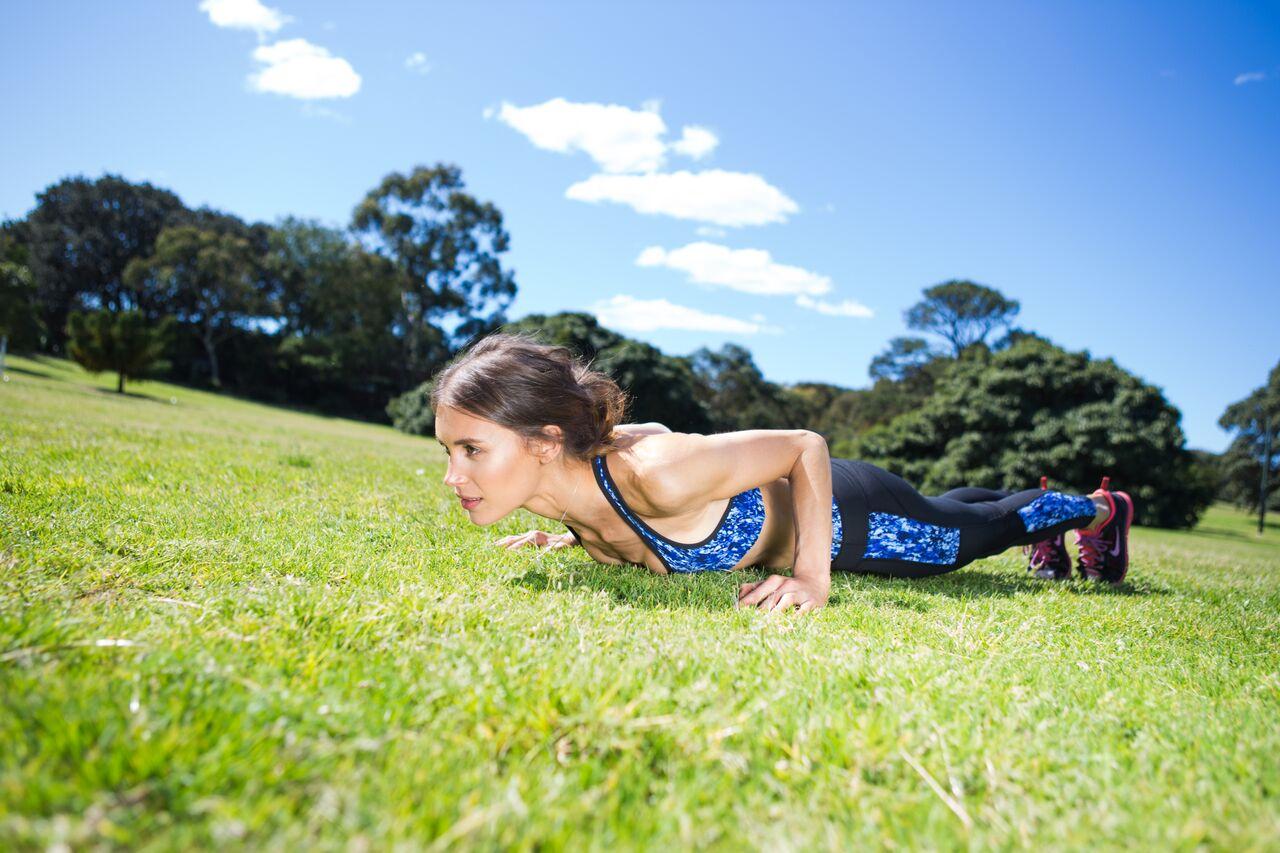 Olivia Arezzolo 10 minute workouts