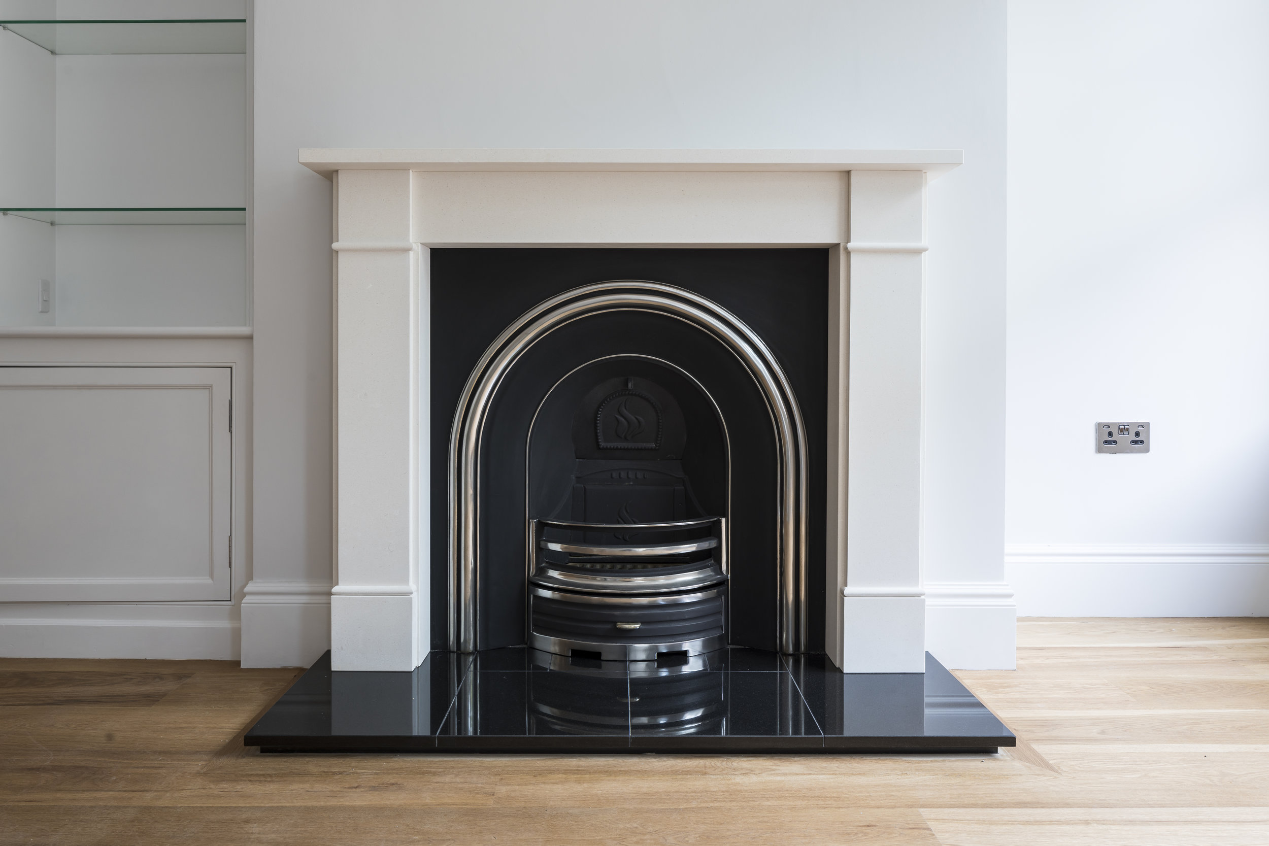 Clapham SW4 3rd house fireplace-2.jpg