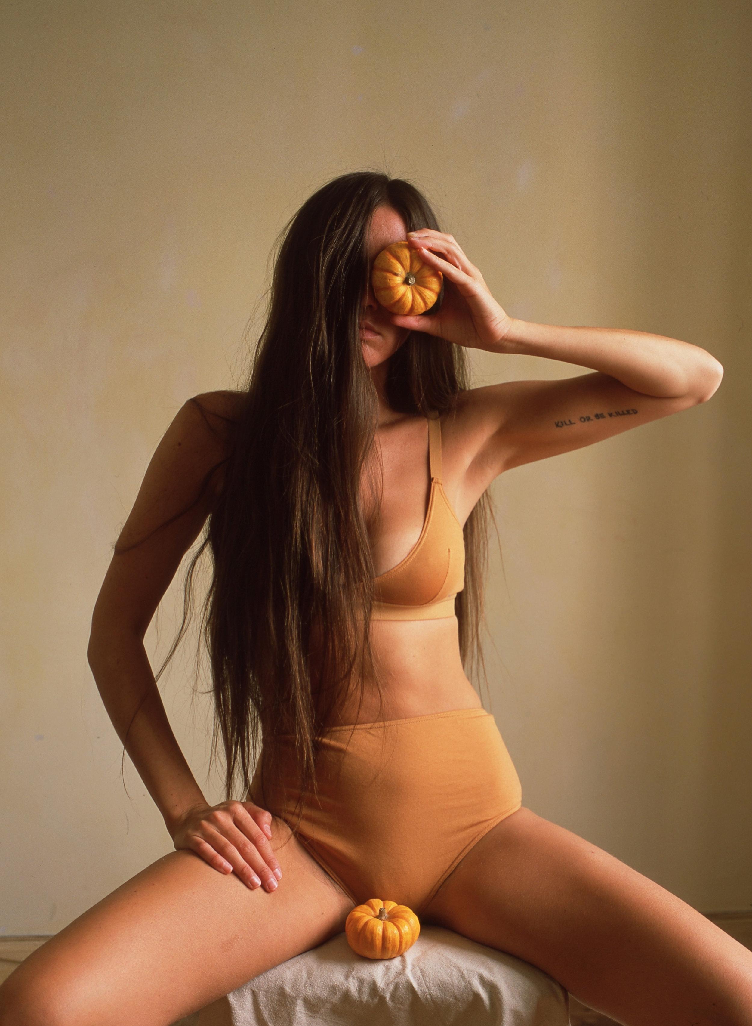 Nude kimbra Kimbra celebrities