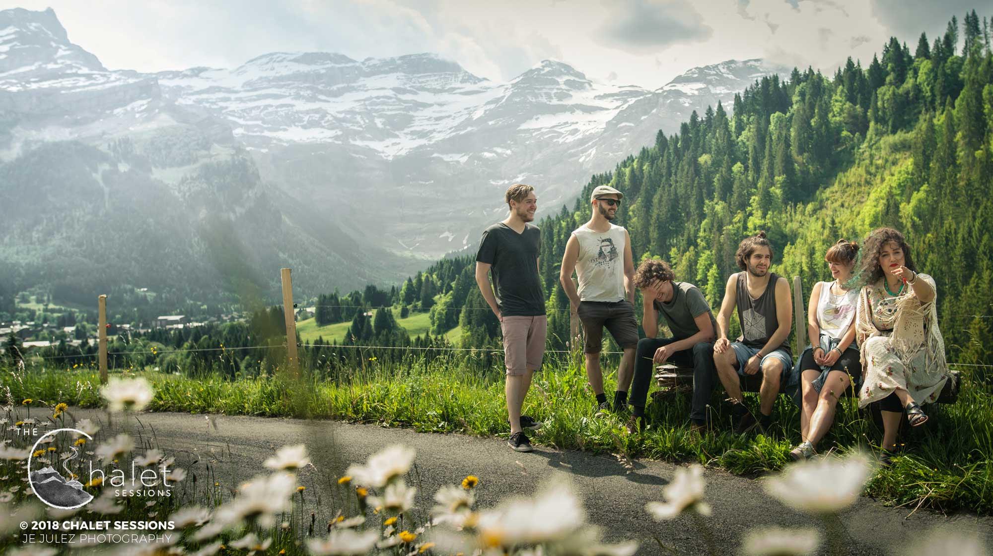 JEJULEZPHOTOGRAPHY_TheChaletSessions_AnnieG-11.jpg