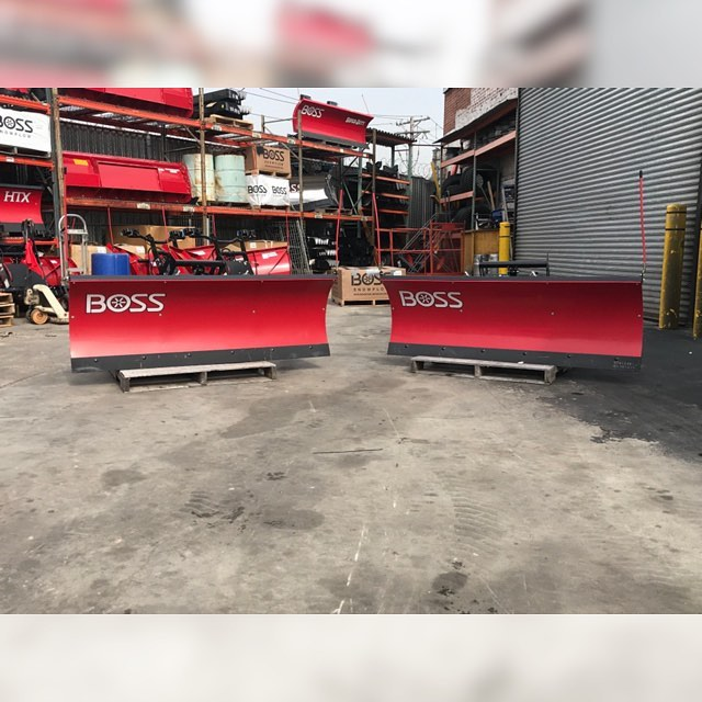 🌟FULL SIZE BOSS 6' POLY UTV STRAIGHT BLADES🌟 Call today for the best pricing in NY for one of these 😍 These plows are fully hydraulic & have a 2-yr limited warranty! They are super reliable and WILL get the job done! 😉 Don't wait any longer! Call or email us RIGHT NOW ‼️