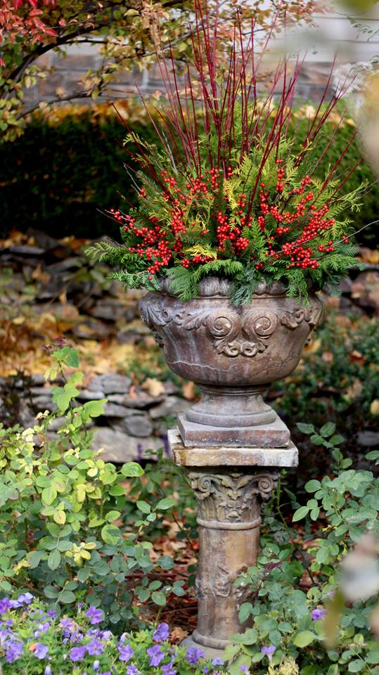 We'll be demonstrating making something similar to this gorgeous urn made by  Garden Answer