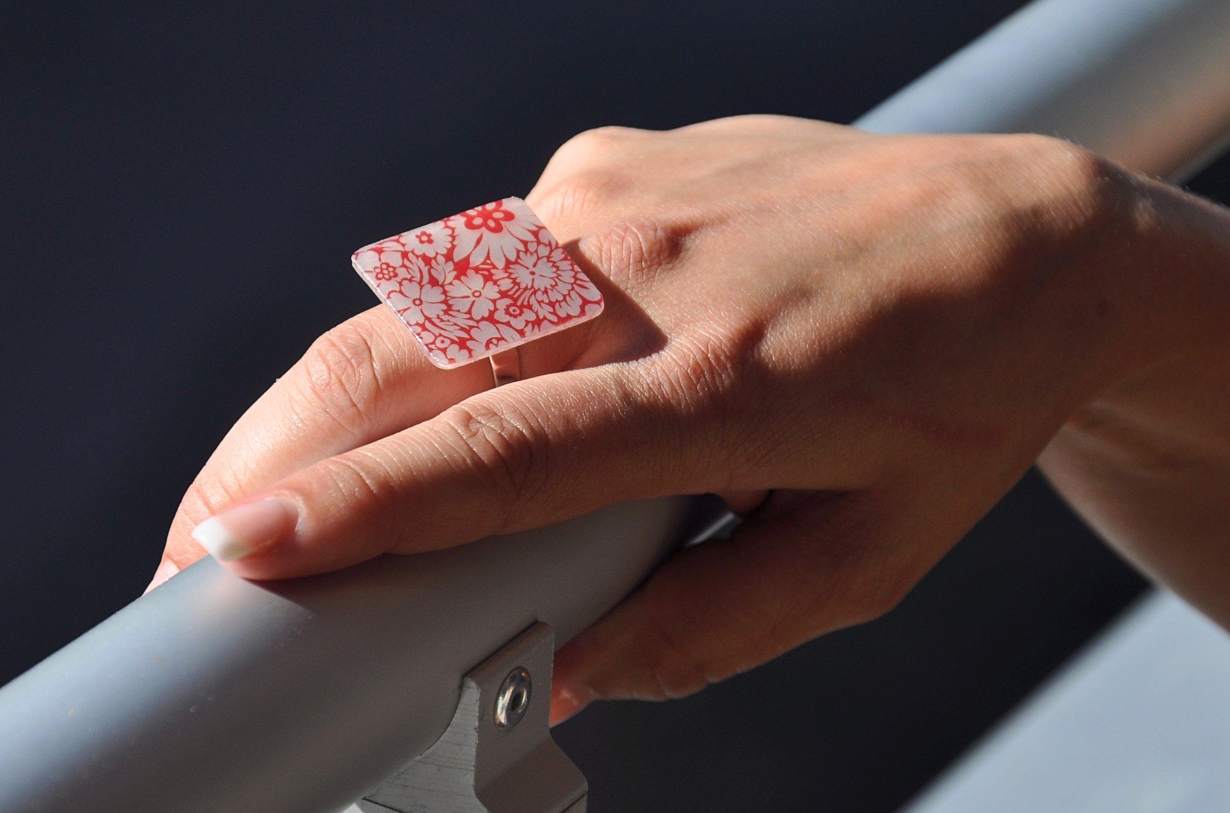 hand ring geländer schön.jpg