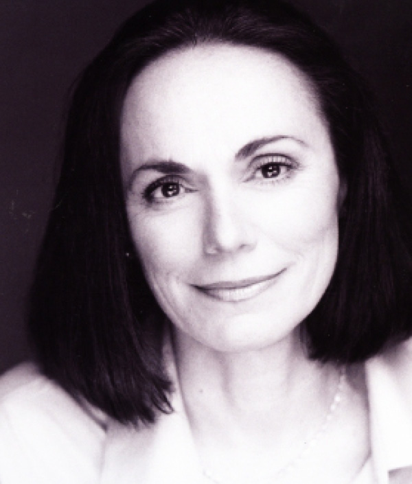Alma Cuervo as Ida Straus