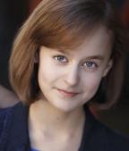 Sydney Lucas  as Mary Lennox