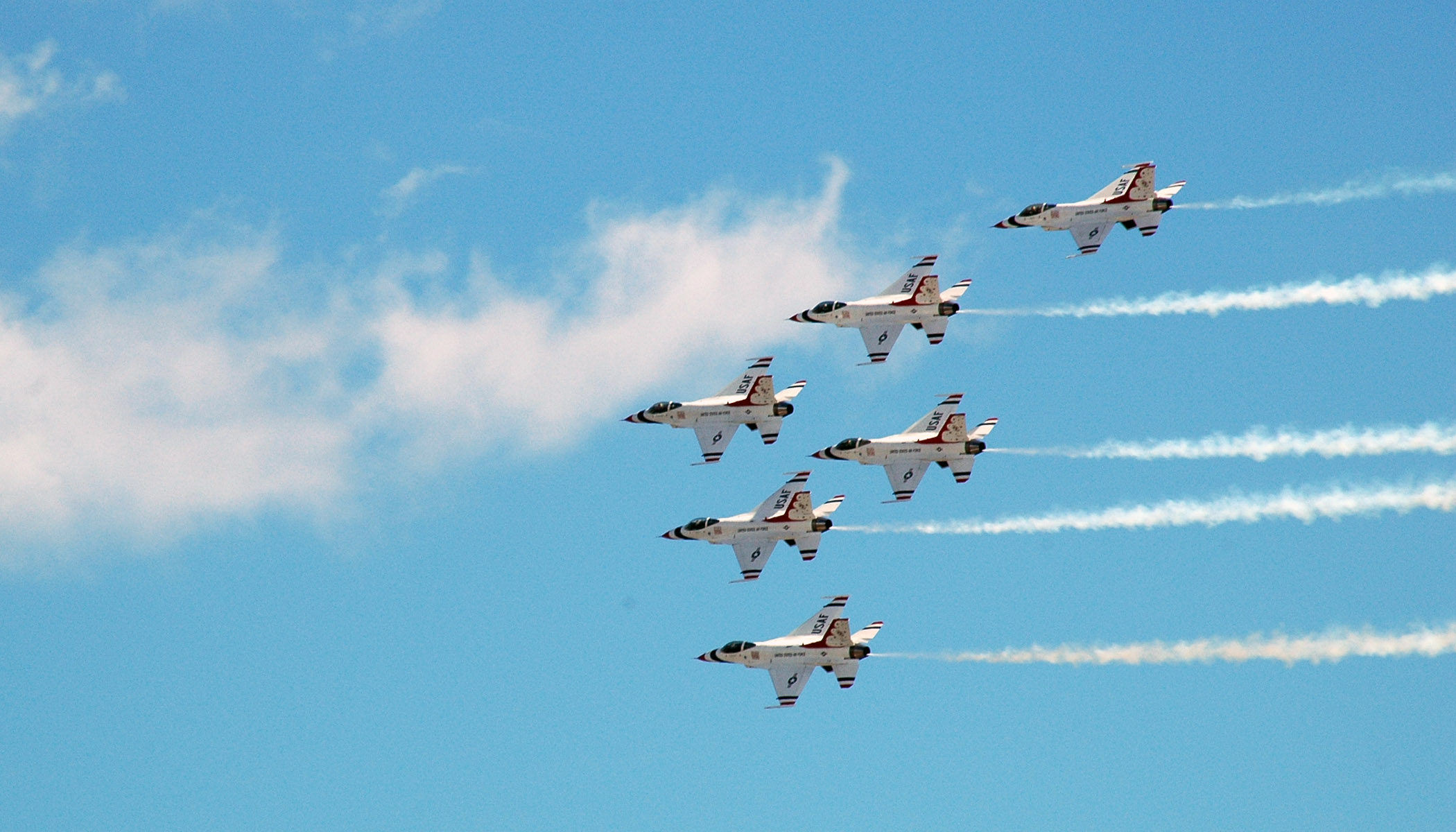 Thunderbirds to Conduct Flyover of