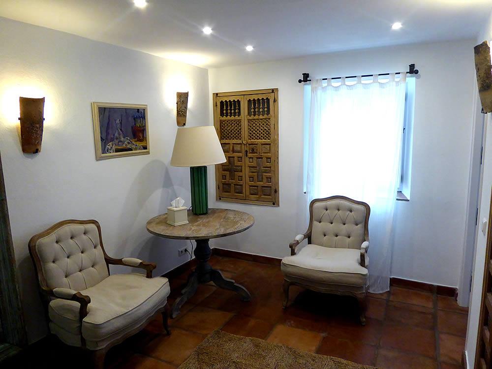 Garden bedroom one seating area