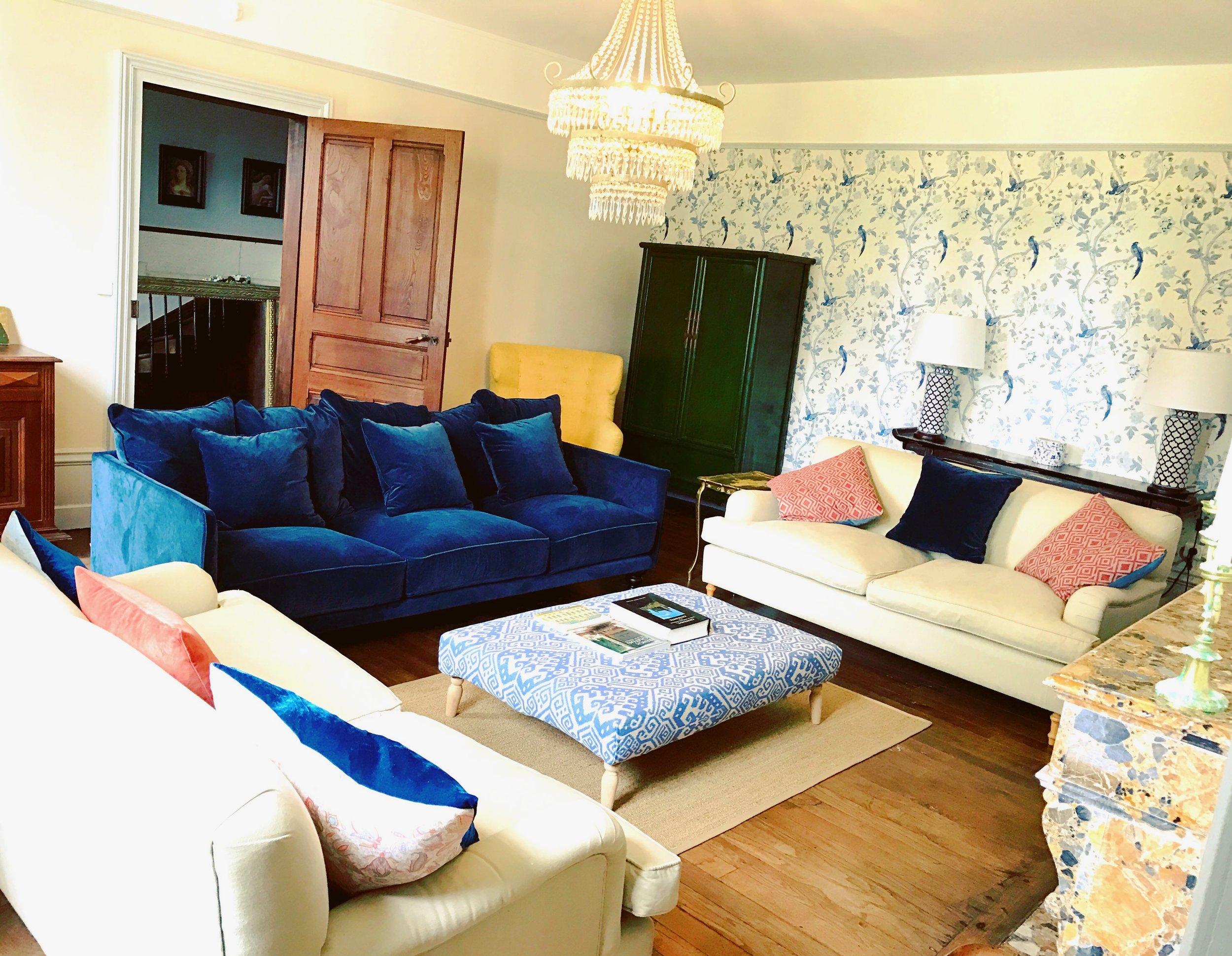 Gorgeous and stylish sitting room
