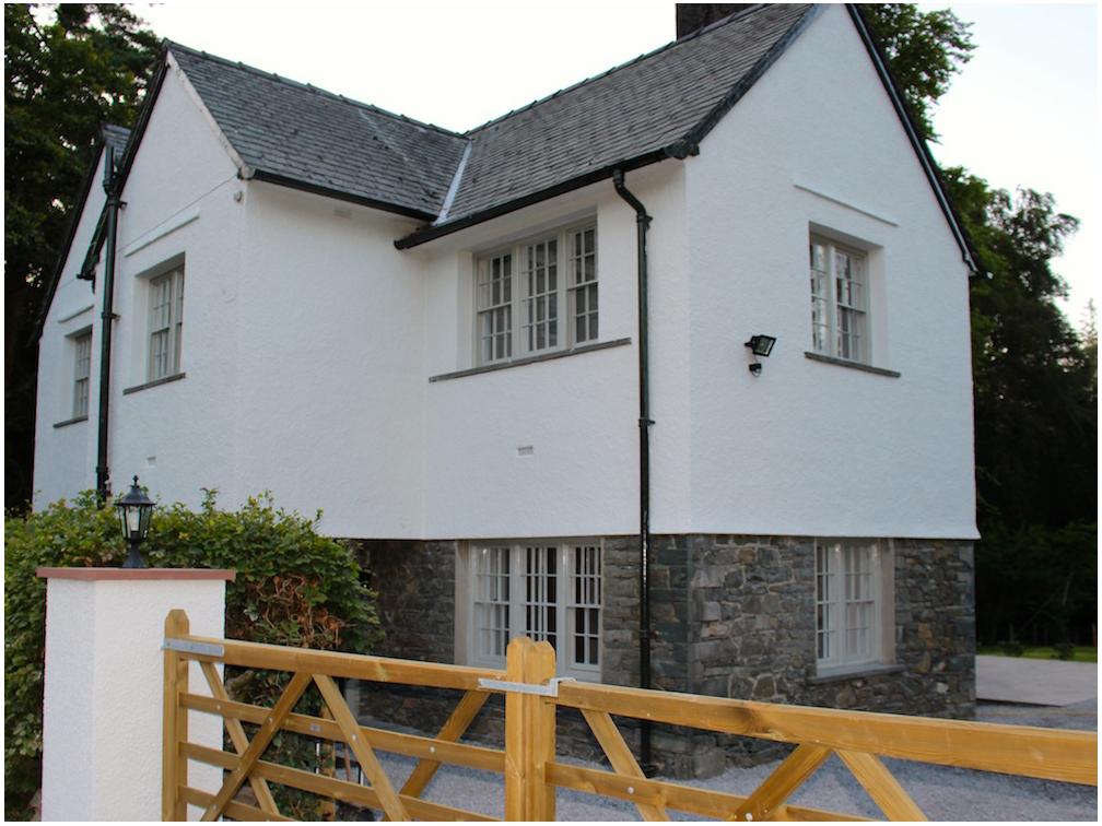 Lingholm Lodge 2.JPG