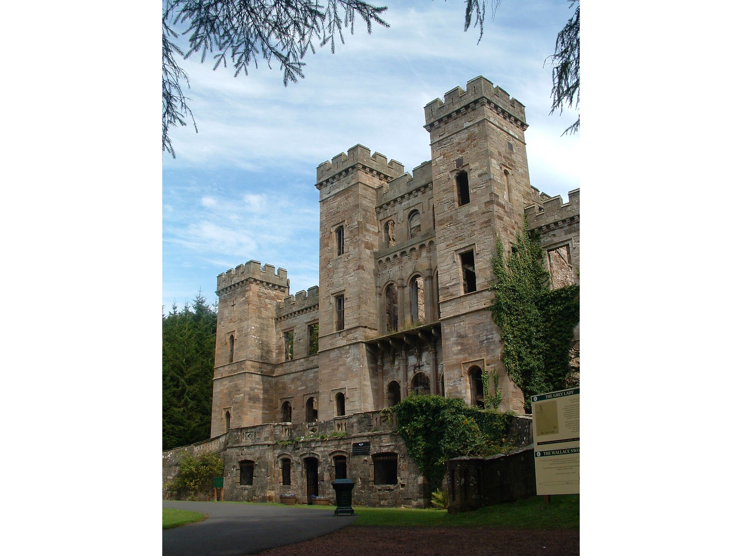 Loudoun Castle 2.jpg
